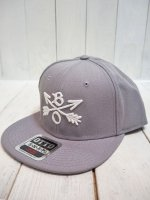 <img class='new_mark_img1' src='//img.shop-pro.jp/img/new/icons14.gif' style='border:none;display:inline;margin:0px;padding:0px;width:auto;' />【Burnout】CROSSED ARROWS CAP / 3D Embroidery(GRAY)