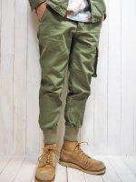 <img class='new_mark_img1' src='https://img.shop-pro.jp/img/new/icons14.gif' style='border:none;display:inline;margin:0px;padding:0px;width:auto;' />【Burnout】RIB CARGO PANTS