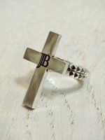☆予約商品【JOHNNY BUSINESS】Studs Cross Ring MEN