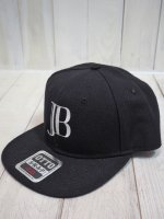<img class='new_mark_img1' src='https://img.shop-pro.jp/img/new/icons14.gif' style='border:none;display:inline;margin:0px;padding:0px;width:auto;' />【JOHNNY BUSINESS×Morning Glow】JB Logo Cap