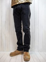 <img class='new_mark_img1' src='https://img.shop-pro.jp/img/new/icons14.gif' style='border:none;display:inline;margin:0px;padding:0px;width:auto;' />【AYUITE】STRETCH SELVEDGE USED DENIM PANTS /w SIDE LINE (BLACK)