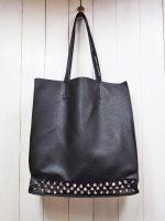 【JOHNNY BUSINESS】LIMITED STUDS TOTE BAG
