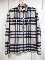 <img class='new_mark_img1' src='https://img.shop-pro.jp/img/new/icons14.gif' style='border:none;display:inline;margin:0px;padding:0px;width:auto;' />【STRUM】ANGOLA WOOL CHECK SHIRT