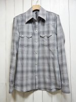 <img class='new_mark_img1' src='https://img.shop-pro.jp/img/new/icons14.gif' style='border:none;display:inline;margin:0px;padding:0px;width:auto;' />【STRUM】TONE ON TONE PLAID COTTON L/S WESTERN SHIRT(GRAY)