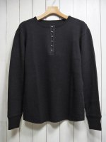 <img class='new_mark_img1' src='https://img.shop-pro.jp/img/new/icons14.gif' style='border:none;display:inline;margin:0px;padding:0px;width:auto;' />【STRUM】LOW GAUGE STRETCH DOUBLE JERSEY HENRY NECK T-SHIRT(BLACK)