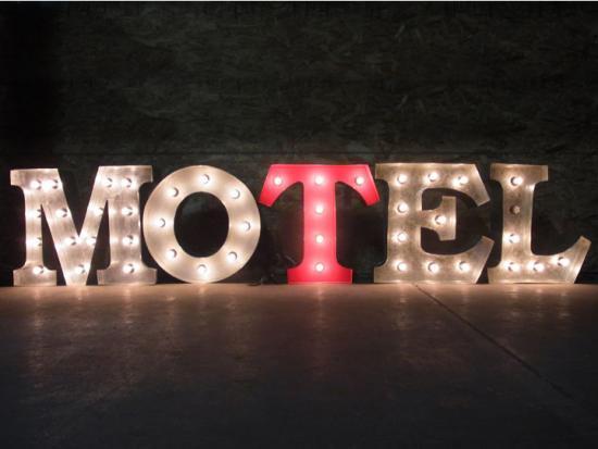 マーキーライト/アルファベットライト【MOTEL/モーテル】(全2色)
