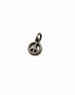 IVXLCDM(アイブイエックスエルシーディーエム)PEACE CHARMーBLACK