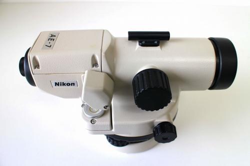 ニコン(Nikon) オートレベル AE-7 中古品①