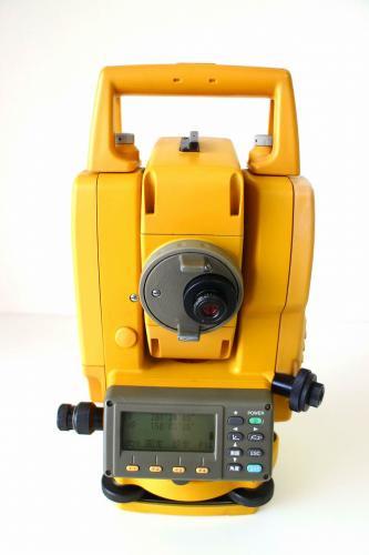 TOPCON トプコン トータルステーション(光波) GPT-3005WF 中古品