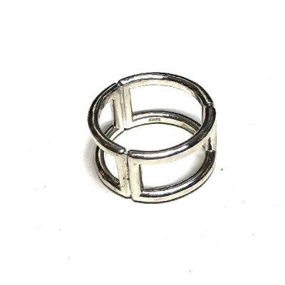 Three-Square-ring R71