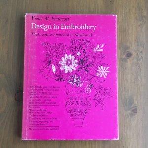 刺繍デザインの本