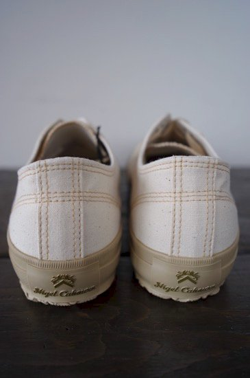554abcb76bf9 Nigel Cabourn made by MOONSTAR WW2 MILITARY SHOES LOW TOP- ECRU ...