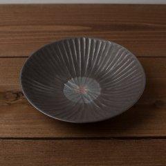 馬場勝文陶工房 黒釉 丸紋内しのぎ 7寸鉢