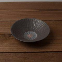 馬場勝文陶工房 黒釉 丸紋内しのぎ 5寸鉢
