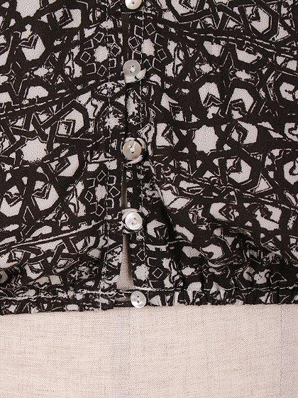 LOVESTITCHのGabrielaBlouse/海外ファッションが好きな大人カジュアルのためのLOVESTITCH(ラブステッチ)のトップスやカットソー。カジュアルに着こなせる総柄のトップス。レーヨンのテロテロ素材に花柄を幾何学模様で表現したようなプリントデザイン。/main-11