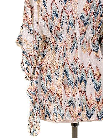 LOVESTITCHのBrunaTop/海外ファッションが好きな大人カジュアルのためのLOVESTITCH(ラブステッチ)のトップスやカットソー。夏っぽいカフタンルックのトップス。ナチュラル系カラーの総柄なので、色合わせも楽チンです。/main-8