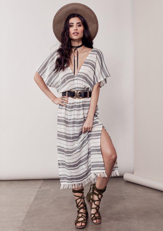 LOVESTITCHのJuliettaCaftanDress/海外ファッションが好きな大人カジュアルのためのLOVESTITCH(ラブステッチ)のワンピースやマキシワンピース。サラッとした肌触りのボーダーマキシ。涼しげな質感と透け感があります。/main-13