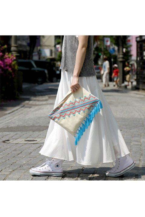 CircularSkirt(Solid)大人カジュアルに最適な海外ファッションのothers(その他インポートアイテム)のボトムやスカート。ほっそりシルエットのロングスカート。この手のスカートにありがちな広がり感がなく、体系をカバーしながら下半身をスッキリ見せてくれます。/main-14