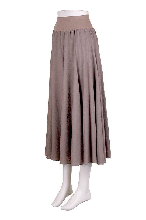 CircularSkirt(Solid)大人カジュアルに最適な海外ファッションのothers(その他インポートアイテム)のボトムやスカート。ほっそりシルエットのロングスカート。この手のスカートにありがちな広がり感がなく、体系をカバーしながら下半身をスッキリ見せてくれます。/main-6