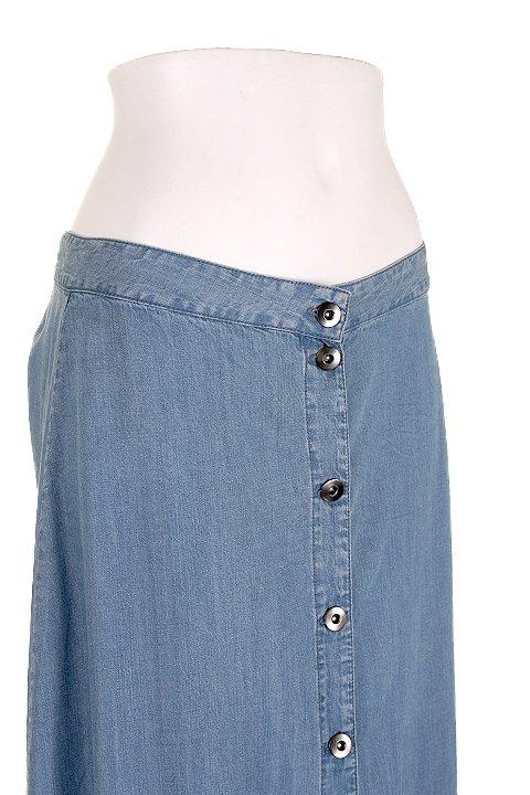 LOVESTITCHのJoanieMaxiSkirt/海外ファッションが好きな大人カジュアルのためのLOVESTITCH(ラブステッチ)のボトムやスカート。薄手のテンセルデニムを使用したマキシスカート。テロテロの素材感で季節を問わず大活躍。/main-5