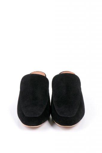海外ファッションや大人カジュアルに最適なインポートセレクトアイテムのChunky Heel Classic Mule (Black)