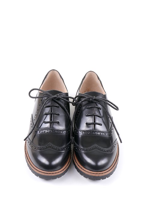 Wingtip Shoes w/ Tank Sole