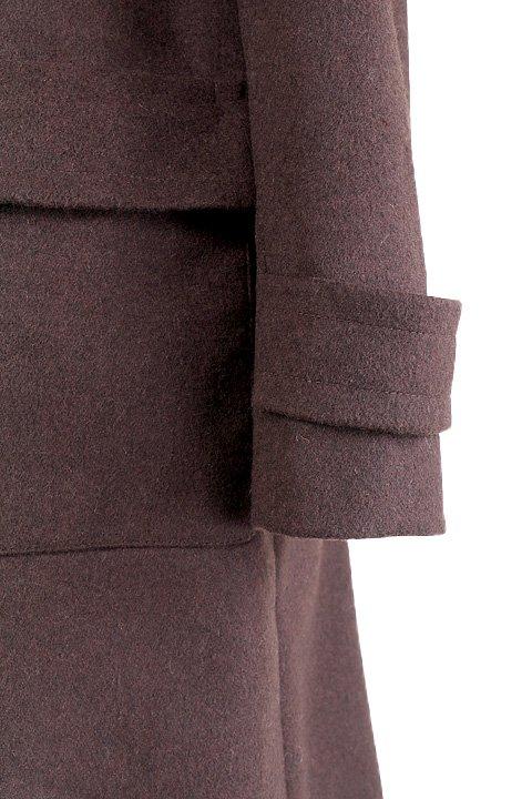 France直輸入のFrontBuckleCoat大人カジュアルに最適な海外ファッションのothers(その他インポートアイテム)のアウターやコート。フロントのストラップがアクセントのコート。カーキのカラーリングや肩のエポレットはどことなくミリタリーの雰囲気もあります。/main-9