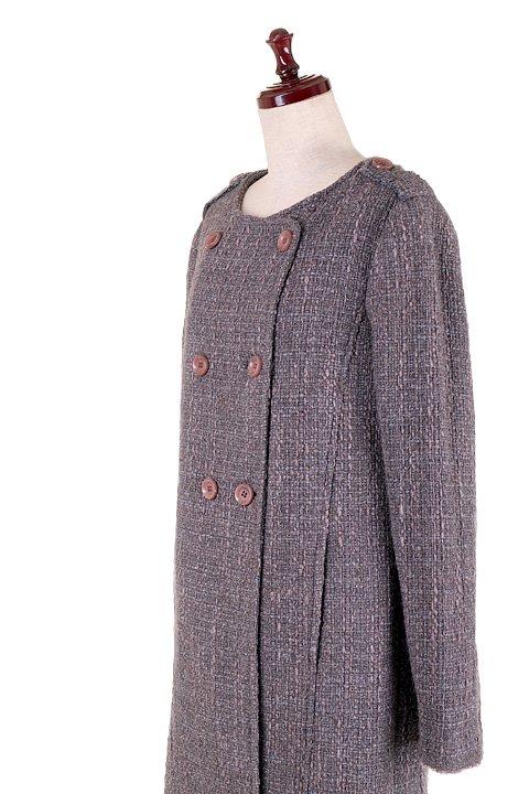 Italy直輸入のWovenKnitMidiCoat大人カジュアルに最適な海外ファッションのothers(その他インポートアイテム)のアウターやコート。粗めの糸で織り上げた生地のミディコート。ピーコートの様なデザインですが、上質で上品な質感です。/main-14