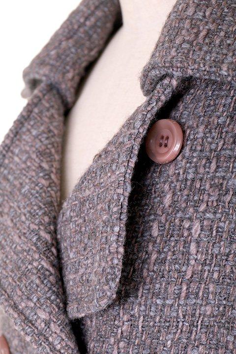 Italy直輸入のWovenKnitMidiCoat大人カジュアルに最適な海外ファッションのothers(その他インポートアイテム)のアウターやコート。粗めの糸で織り上げた生地のミディコート。ピーコートの様なデザインですが、上質で上品な質感です。/main-7