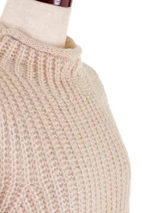 CottonCandyL.A.のBoulderSweater(Beige)/セクシーさのある大人カジュアルブランドCottonCandyL.A.(コットンキャンディーL.A.)のトップスやニット・セーター。秋から春まで楽しめるオーバーサイズのロールネックセーター。人気のモックネックとロールネックを合わせたようなデザインで、アメリカ本国でも人気のアイテムです。/main-10