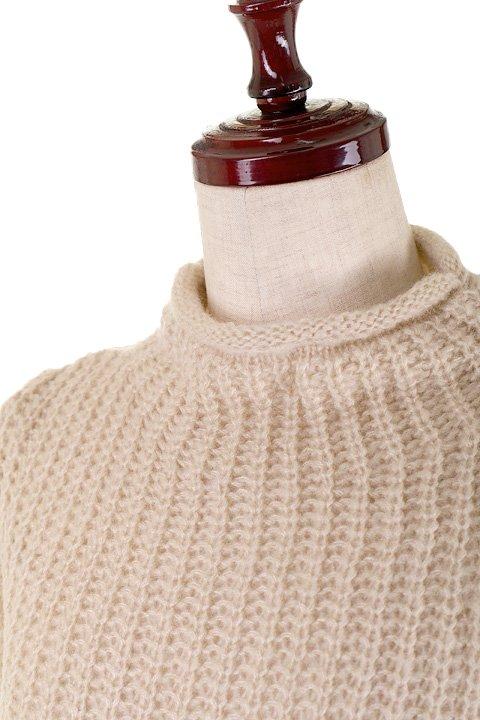 CottonCandyL.A.のBoulderSweater(Beige)/セクシーさのある大人カジュアルブランドCottonCandyL.A.(コットンキャンディーL.A.)のトップスやニット・セーター。秋から春まで楽しめるオーバーサイズのロールネックセーター。人気のモックネックとロールネックを合わせたようなデザインで、アメリカ本国でも人気のアイテムです。/main-9