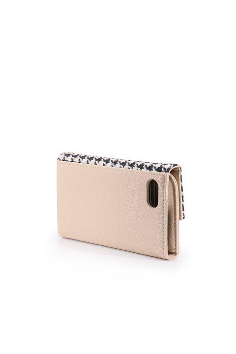 STARRYのNoble//foriPhone6,6s,7/iPhoneケースのレディースブランド、STARRY(スターリー)のテックアクセサリーや。全国の女子大生に人気のフリーペーパーTiaraGirl編集長でありモデルも務める瀬戸晴加さんとSTARRYのスペシャルコラボのスマホケースが登場。今回はDearとNobleの2パターン。/main-5