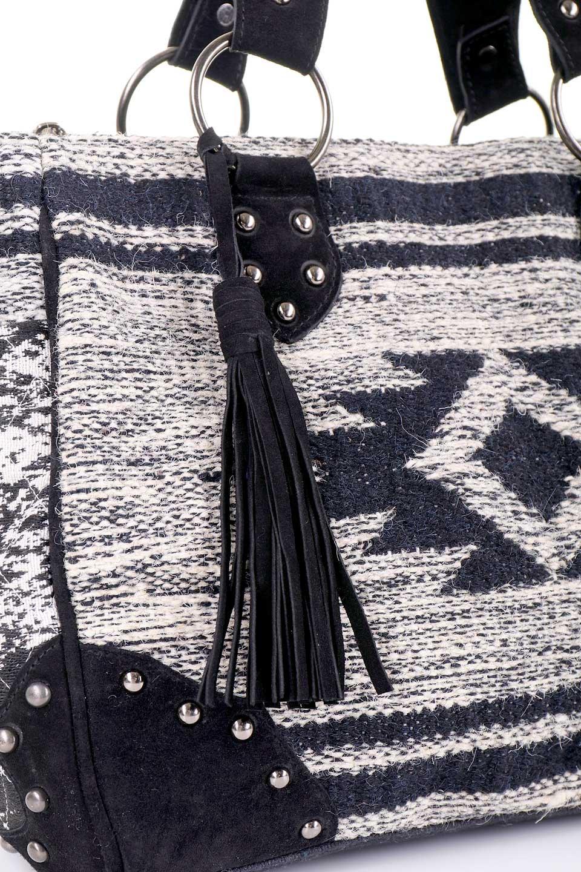 LOVESTITCHのWyomingTote/海外ファッションが好きな大人カジュアルのためのLOVESTITCH(ラブステッチ)のバッグやトートバッグ。オルテガモチーフのミニトートバッグ。強靭なジュート素材とヌバックレザーのクールなコンビネーションです。/main-12