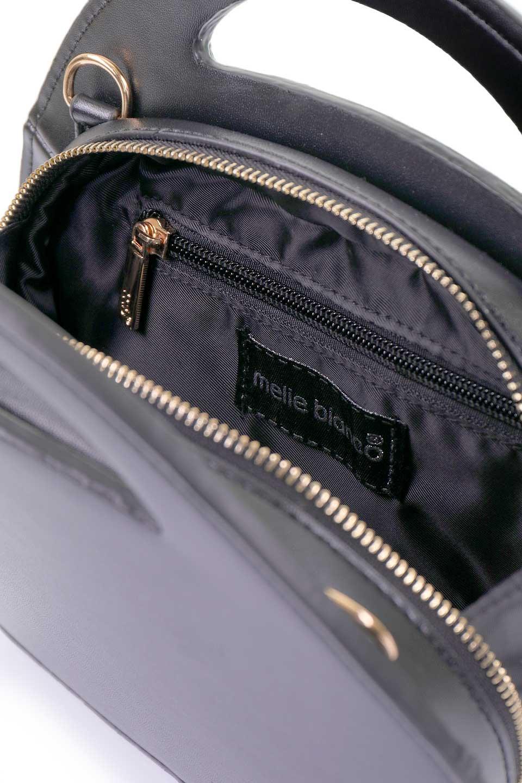 meliebiancoのCarelle(Black)/海外ファッション好きにオススメのインポートバッグとかばん、MelieBianco(メリービアンコ)のバッグやショルダーバッグ。小ぶりで可愛いショルダーバッグ。ラウンドタイプのショルダーバッグはファッションのジャンルを問わず安定した人気があります。/main-8