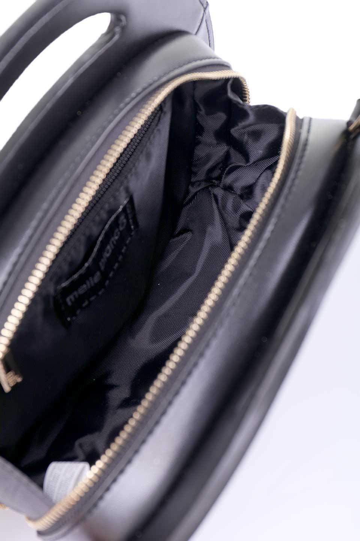 meliebiancoのCarelle(Black)/海外ファッション好きにオススメのインポートバッグとかばん、MelieBianco(メリービアンコ)のバッグやショルダーバッグ。小ぶりで可愛いショルダーバッグ。ラウンドタイプのショルダーバッグはファッションのジャンルを問わず安定した人気があります。/main-9