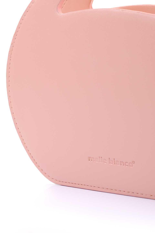 meliebiancoのCarelle(Blush)ラウンドショルダーバッグ/海外ファッション好きにオススメのインポートバッグとかばん、MelieBianco(メリービアンコ)のバッグやショルダーバッグ。小ぶりで可愛いショルダーバッグ。ラウンドタイプのショルダーバッグはファッションのジャンルを問わず安定した人気があります。/main-7