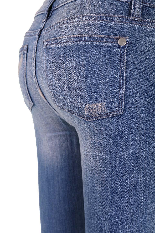 L.A.直輸入のDestroyedKneeSkinny(MidBlue)大人カジュアルに最適な海外ファッションのothers(その他インポートアイテム)のボトムやパンツ。クラッシュ加工がポイントのスキニーデニムパンツ。細身ですがかなりストレッチの効いたデニムです。/main-10