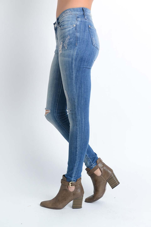 L.A.直輸入のDestroyedKneeSkinny(MidBlue)大人カジュアルに最適な海外ファッションのothers(その他インポートアイテム)のボトムやパンツ。クラッシュ加工がポイントのスキニーデニムパンツ。細身ですがかなりストレッチの効いたデニムです。/main-6