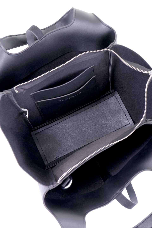 meliebiancoのSuzette(Black)/海外ファッション好きにオススメのインポートバッグとかばん、MelieBianco(メリービアンコ)のバッグやハンドバッグ。コンパクトながら荷物の整理に適した便利なハンドバッグ。メインの荷室の他に大きなサイドポケットが付いています。/main-10