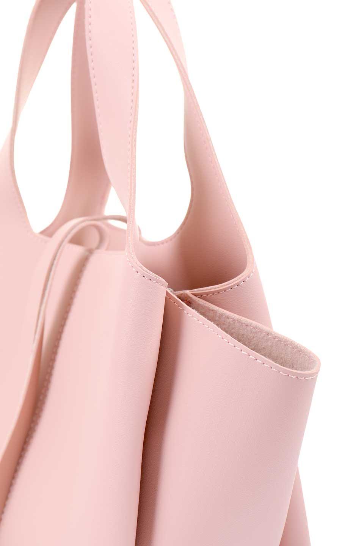 meliebiancoのSuzette(Blush)/海外ファッション好きにオススメのインポートバッグとかばん、MelieBianco(メリービアンコ)のバッグやハンドバッグ。コンパクトながら荷物の整理に適した便利なハンドバッグ。メインの荷室の他に大きなサイドポケットが付いています。/main-6