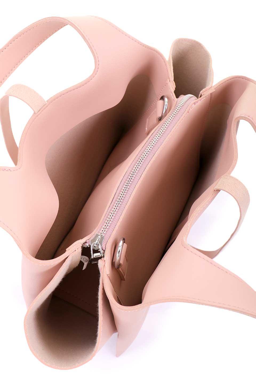 meliebiancoのSuzette(Blush)/海外ファッション好きにオススメのインポートバッグとかばん、MelieBianco(メリービアンコ)のバッグやハンドバッグ。コンパクトながら荷物の整理に適した便利なハンドバッグ。メインの荷室の他に大きなサイドポケットが付いています。/main-9