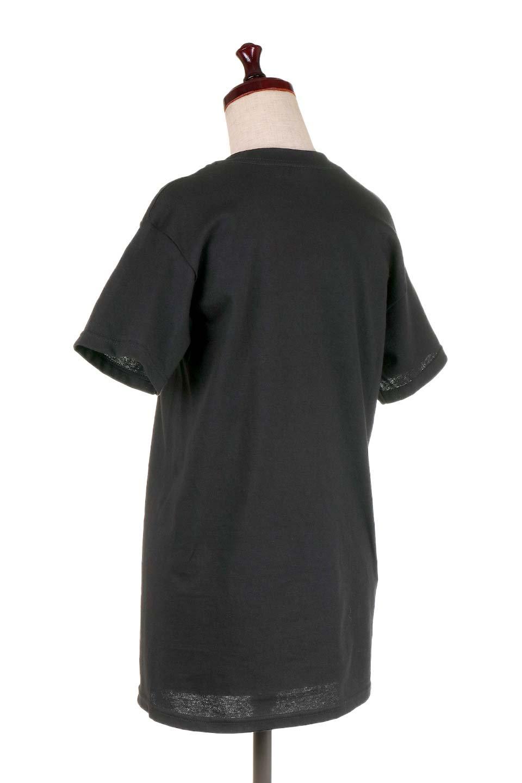 MetallicaWhiskeyLabel大人カジュアルに最適な海外ファッションのothers(その他インポートアイテム)のトップスやTシャツ。フェススタイルから普段着まで、デニムショーツやマキシスカート、組み合わせには困らないバンドT。女性に合わせやすいようにメンズサイズのSをセレクト。/main-3