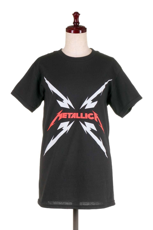 MetallicaMirroredMS大人カジュアルに最適な海外ファッションのothers(その他インポートアイテム)のトップスやTシャツ。フェススタイルから普段着まで、デニムショーツやマキシスカート、組み合わせには困らないバンドT。女性に合わせやすいようにメンズサイズのSをセレクト。