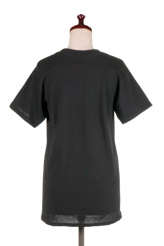 MetallicaMirroredMS大人カジュアルに最適な海外ファッションのothers(その他インポートアイテム)のトップスやTシャツ。フェススタイルから普段着まで、デニムショーツやマキシスカート、組み合わせには困らないバンドT。女性に合わせやすいようにメンズサイズのSをセレクト。/main-4