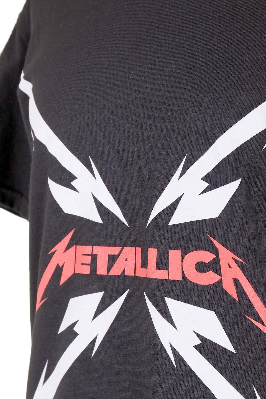 MetallicaMirroredMS大人カジュアルに最適な海外ファッションのothers(その他インポートアイテム)のトップスやTシャツ。フェススタイルから普段着まで、デニムショーツやマキシスカート、組み合わせには困らないバンドT。女性に合わせやすいようにメンズサイズのSをセレクト。/main-6