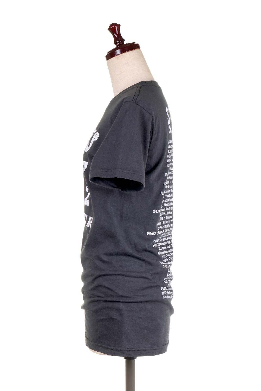 RollingStones1972Dice30/1EnzymeWashed大人カジュアルに最適な海外ファッションのothers(その他インポートアイテム)のトップスやTシャツ。フェススタイルから普段着まで、デニムショーツやマキシスカート、組み合わせには困らないバンドT。女性に合わせやすいようにメンズサイズのSをセレクト。/main-2