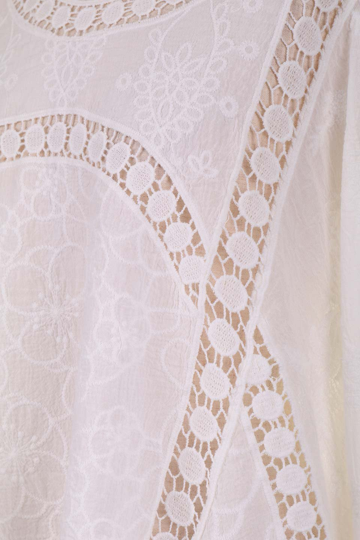 LOVESTITCHのBenjiTop/海外ファッションが好きな大人カジュアルのためのLOVESTITCH(ラブステッチ)のトップスやシャツ・ブラウス。全面に刺繍が施された7分袖のシースルーブラウス。ライン状のレースが可愛いデザインです。/main-16