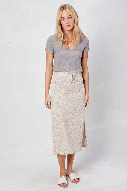 LOVESTITCHのRileyKnitSkirtソフトニット・ペンシルスカート/海外ファッションが好きな大人カジュアルのためのLOVESTITCH(ラブステッチ)のボトムやスカート。ユルッとしたリラックス感のあるニットスカート。適度なカジュアル感が欲しい時にコーディネートしやすいアイテムです。/main-5