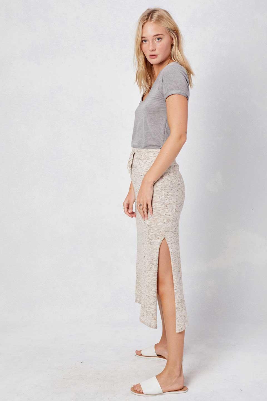 LOVESTITCHのRileyKnitSkirtソフトニット・ペンシルスカート/海外ファッションが好きな大人カジュアルのためのLOVESTITCH(ラブステッチ)のボトムやスカート。ユルッとしたリラックス感のあるニットスカート。適度なカジュアル感が欲しい時にコーディネートしやすいアイテムです。/main-6