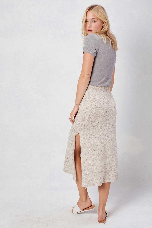 LOVESTITCHのRileyKnitSkirtソフトニット・ペンシルスカート/海外ファッションが好きな大人カジュアルのためのLOVESTITCH(ラブステッチ)のボトムやスカート。ユルッとしたリラックス感のあるニットスカート。適度なカジュアル感が欲しい時にコーディネートしやすいアイテムです。/main-7